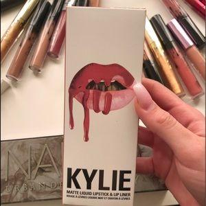 Never used Kylie lipkit shade Kristen